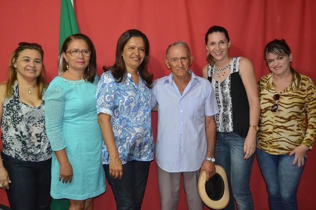 Vice-prefeita Lucia Lacerda assumi a prefeitura de Pimenteiras - Imagem 37