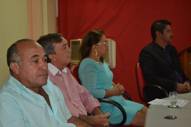 Vice-prefeita Lucia Lacerda assumi a prefeitura de Pimenteiras - Imagem 27