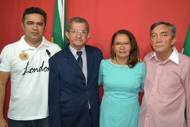 Vice-prefeita Lucia Lacerda assumi a prefeitura de Pimenteiras - Imagem 42