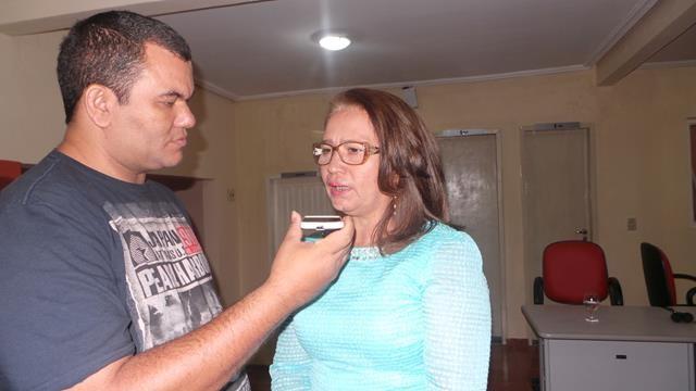 Vice-prefeita Lucia Lacerda assumi a prefeitura de Pimenteiras - Imagem 7