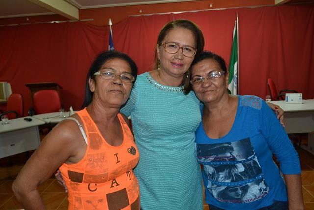 Vice-prefeita Lucia Lacerda assumi a prefeitura de Pimenteiras - Imagem 58