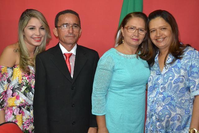 Vice-prefeita Lucia Lacerda assumi a prefeitura de Pimenteiras - Imagem 35