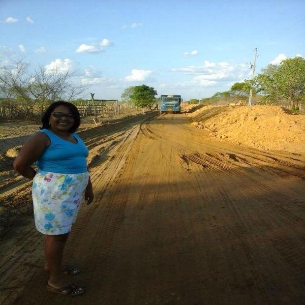Construção da estrada que liga a localidade Santa Fé à Canavieira está a todo vapor