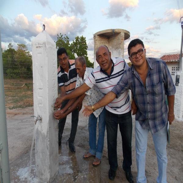 Prefeitura de São Francisco do Piauí inaugura sistema de abastecimento de água na zona rural