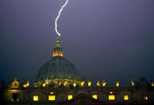 Papa Francisco será o último Papa antes do Juízo Final, dizem religiosos - Imagem 3