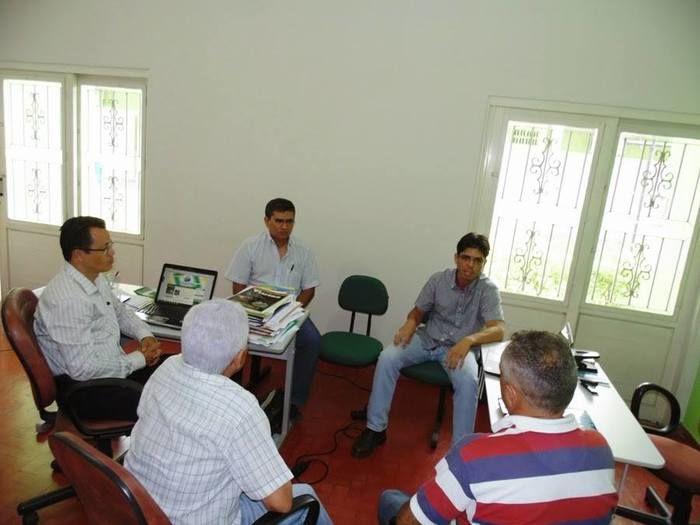 Reunião sobre resíduos sólidos em Guadalupe.  - Imagem 1