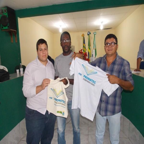 Aula inaugural do Pronatec reúne autoridades e alunos em São Francisco do Piauí