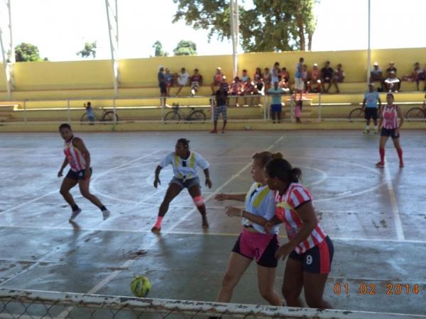 Time feminino de futebol de Cristalândia Bad Girls são convidados a um desafio na cidade vizinha e se dá bem - Imagem 39