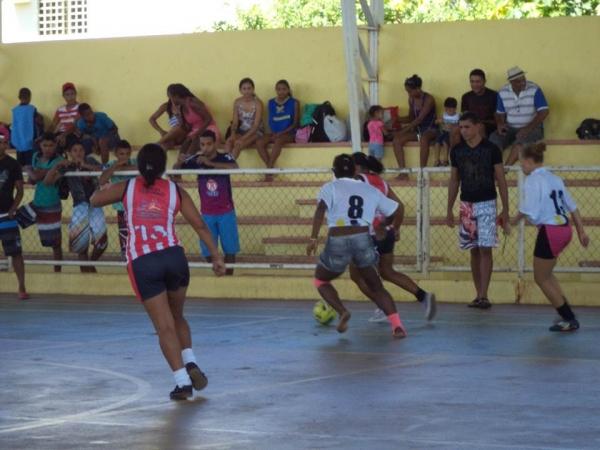 Time feminino de futebol de Cristalândia Bad Girls são convidados a um desafio na cidade vizinha e se dá bem - Imagem 4