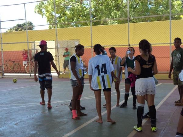 Time feminino de futebol de Cristalândia Bad Girls são convidados a um desafio na cidade vizinha e se dá bem - Imagem 32