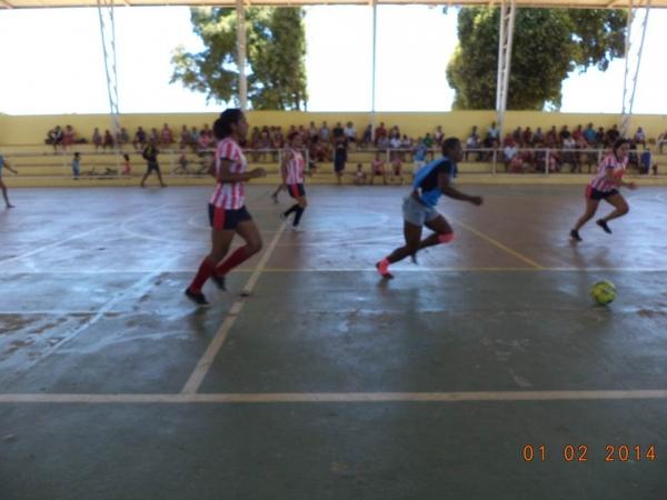 Time feminino de futebol de Cristalândia Bad Girls são convidados a um desafio na cidade vizinha e se dá bem - Imagem 47