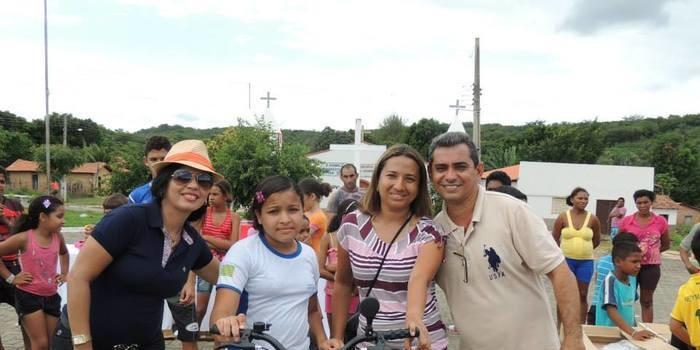 Entrega das bicicletas do programa pedala Piauí aos alunos da rede municipal de Curralinhos -PI