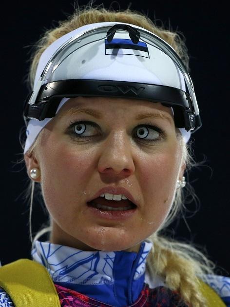 Olhos de atleta da Estônia chamam atenção em Sochi