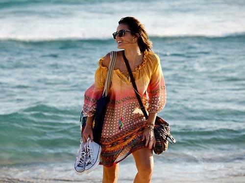 Confira os vestidos usados por Bruna Marquezine na novela