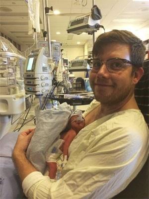 Nasce bebê de mulher clinicamente morta há seis semanas no Canadá