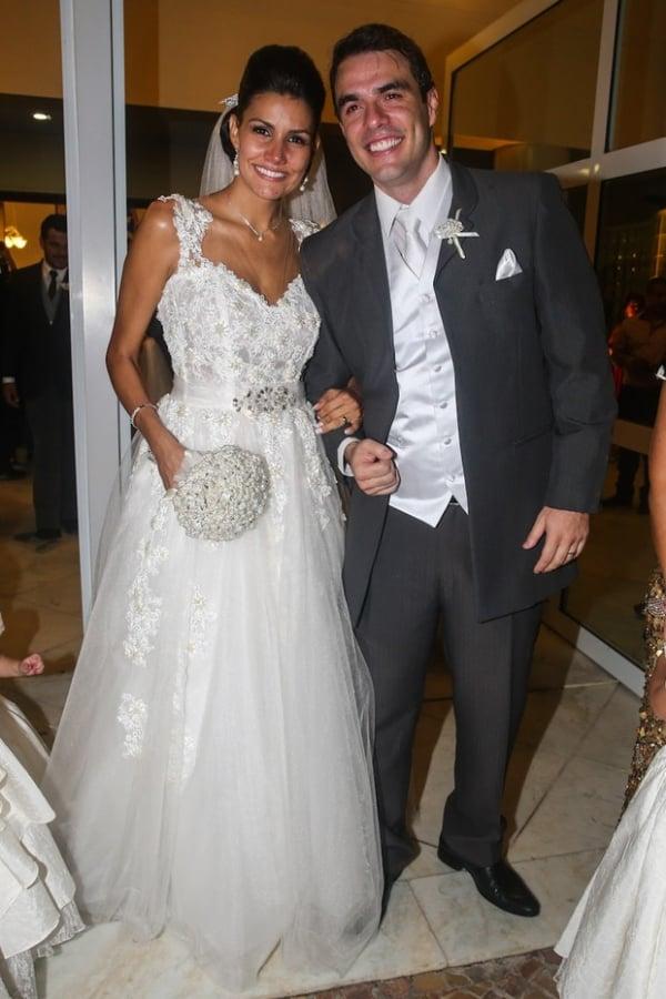 Ex-BBBs Mariana Felício e Daniel Saullo se casam
