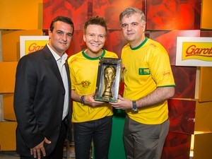 Taça da Copa do Mundo terá réplica de chocolate nas prateleiras