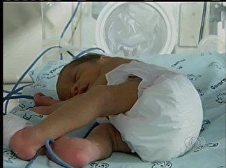 Trigêmeas nascem de parto normal em hospital de Porto Nacional