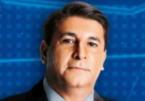 Carlos Nascimento se recupera bem de câncer e o SBT nega substituição