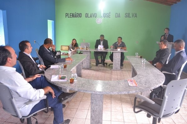 MASSAPÊ: Sessão solene da Câmara Municipal abre os trabalhos legislativos de 2014 - Imagem 3