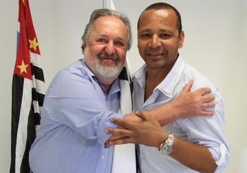 Laor faz critica ao pai de Neymar: