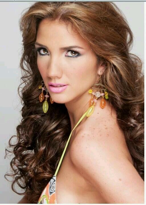 Miss é baleada durante protestos na Venezuela