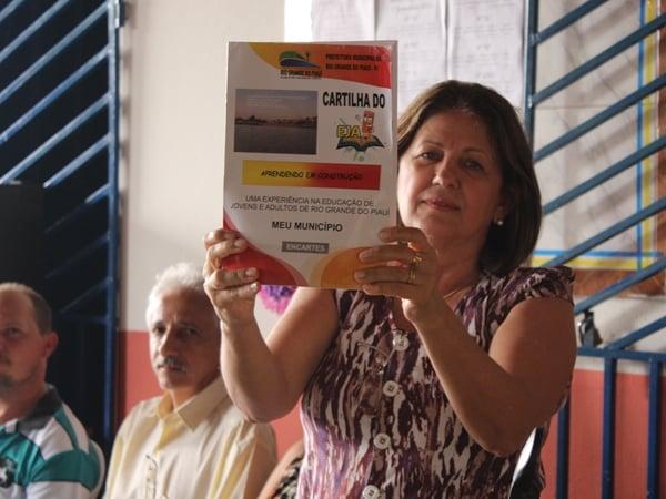 Prefeito participa de encerramento do Encontro Pedagógico 2014 - Imagem 11