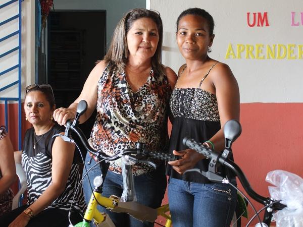 Prefeito participa de encerramento do Encontro Pedagógico 2014 - Imagem 16