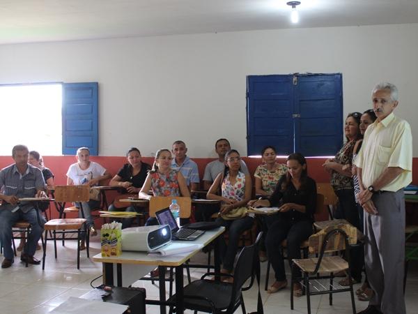 Prefeito participa de encerramento do Encontro Pedagógico 2014 - Imagem 4