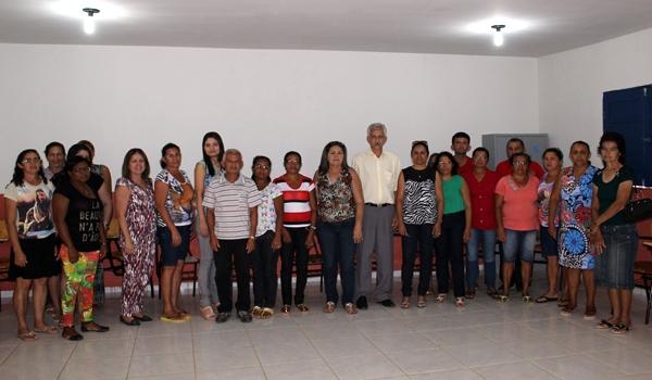 Prefeito participa de encerramento do Encontro Pedagógico 2014 - Imagem 3