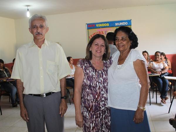 Prefeito participa de encerramento do Encontro Pedagógico 2014 - Imagem 8