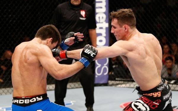 Rory MacDonald vence Demian Maia por pontos em luta dura no UFC 170