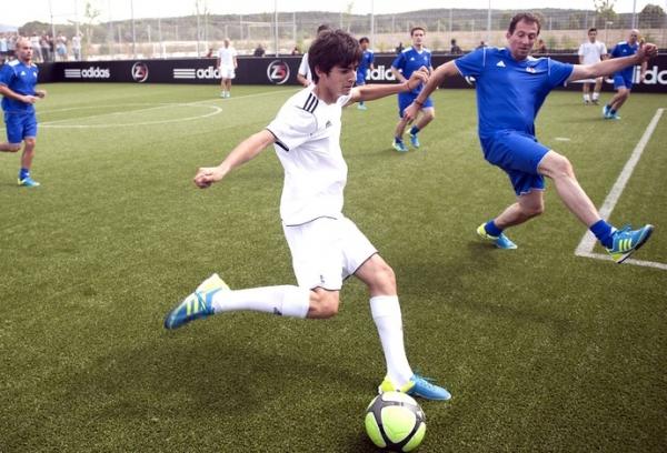 Entre França e Espanha,  filho de Zidane decide  seguir os passos do pai