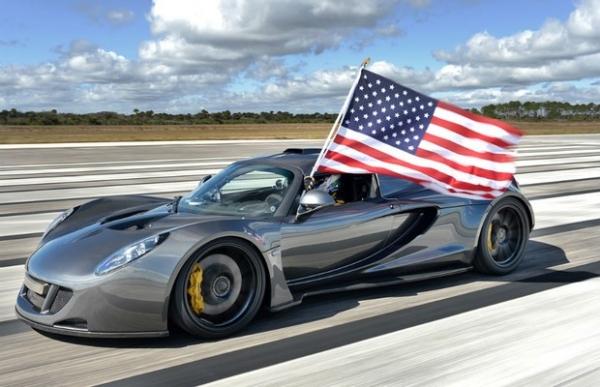 Hennessey Venom GT atinge 435,3 Km/h e se torna o carro mais rápido do mundo