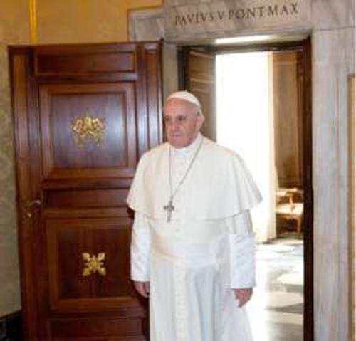 Papa cria departamento financeiro no Vaticano e nomeia auditor