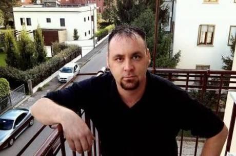 Homem atira a própria mãe da janela na Itália