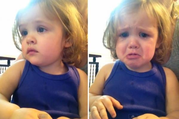 Vídeo de menina que chora ao ouvir música do casamento dos pais vira hit