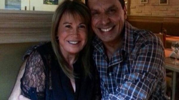 Zilu Camargo janta com homem em Miami e seguidores parabenizam suposto namoro