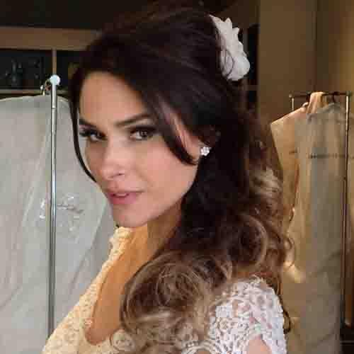 Fernanda Machado casa com americano em cerimônia íntima
