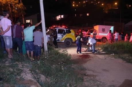 Homem é assassinado a golpes de marreta em Curitiba