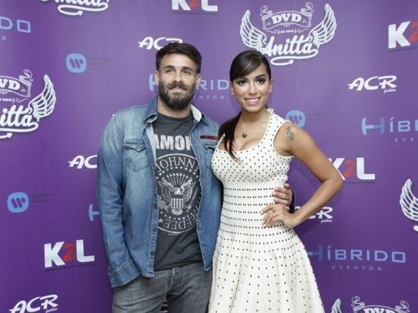 Saia justa! Anitta é questionada sobre possível affair com marido de atriz da Globo