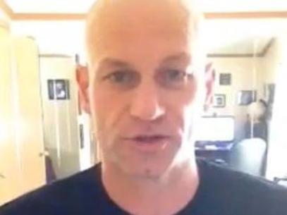 Pai pede ao Facebook v冝eo retrospectiva do filho morto em 2012
