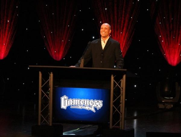 Chris Weidman bate Belfort e é eleito o lutador do ano no