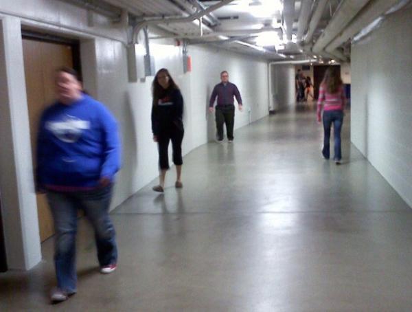 Estudantes usam túneis para fugir do frio em universidade nos EUA