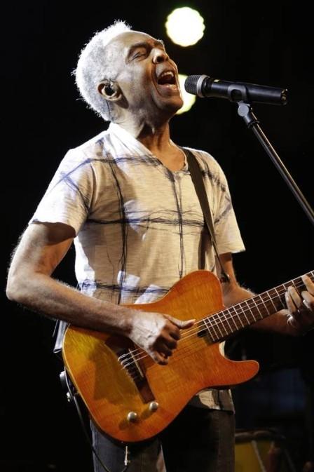 Gilberto Gil, deprimido e com problemas cardíacos, pode ficar de fora de carnaval
