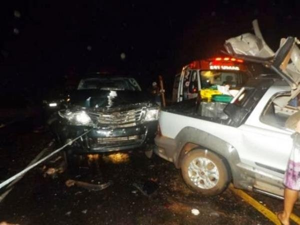 Acidente deixa três mortos na rodovia BR-343; fotos!