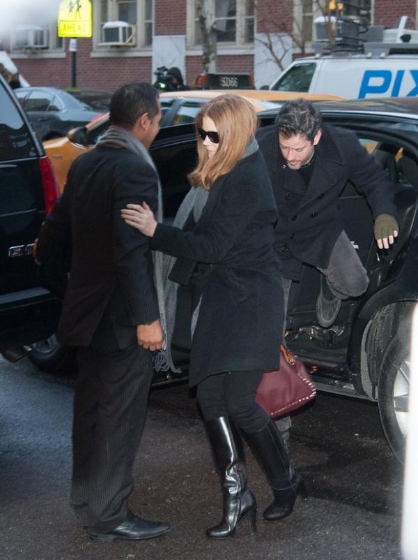 Grife  criticada por promover bolsa que atriz usou em velio, diz revista