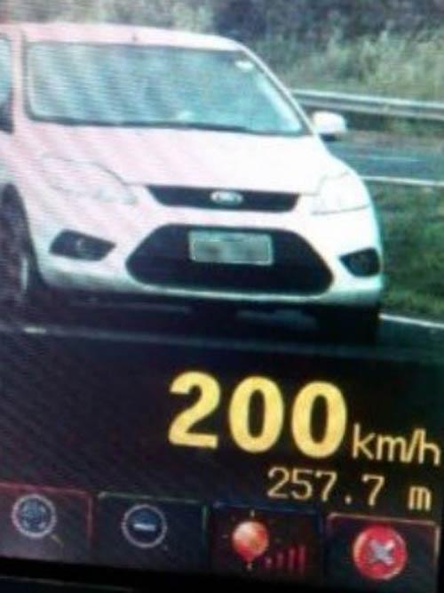 Motorista é flagrado a 200 km/h na BR-060, no sudoeste de Goiás