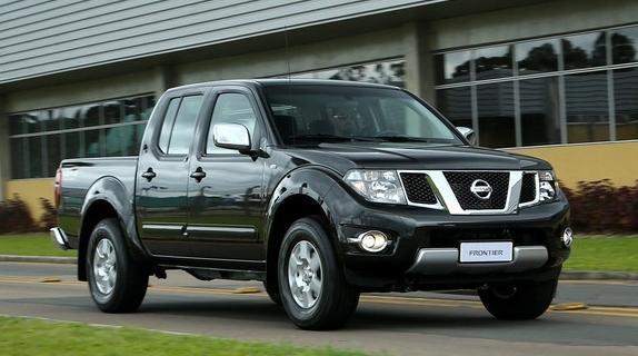 Nissan Frontier ganha série especial Platinum