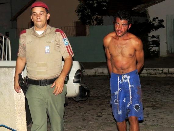 Homem é preso ao pagar prostituta com facada, em Parnaíba